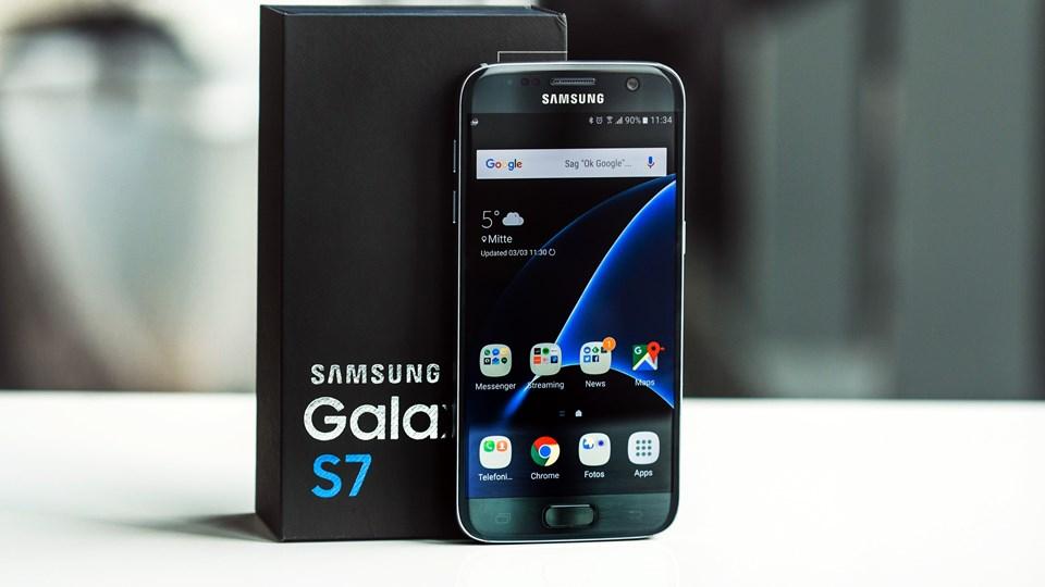Samsung Galaxy S6 (2015)