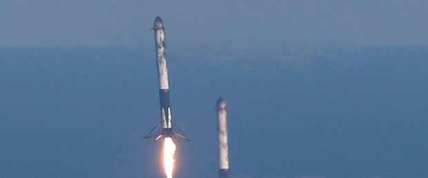 2019-04-11T234430Z_1777161123_HP1EF4B1TY6WQ_RTRMADP_3_SPACE-EXPLORATION-SPACEX.JPG