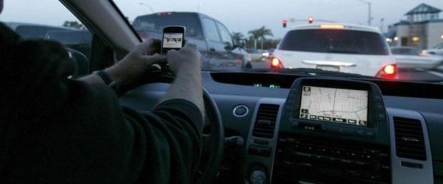 telefon araba.jpg