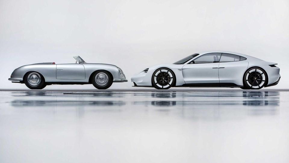 """Porsche adını taşıyan ilk otomobil, 8 Haziran 1948'de üretildi. Bu, 356 """"No. 1""""Roadster'dıve Porsche markasının doğuşunu simgeliyordu. Type 356,FerryPorsche'nin spor otomobil rüyasını gerçeğe dönüştürdü."""