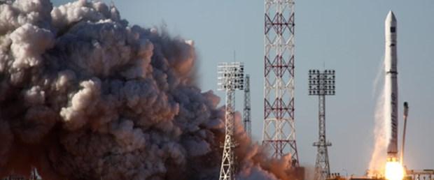 rus-roket-uzay.jpg