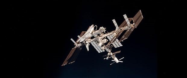 iss-uzay-lazer-30-01-15
