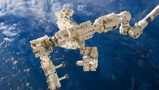 uluslararası uzay istasyonu.jpg