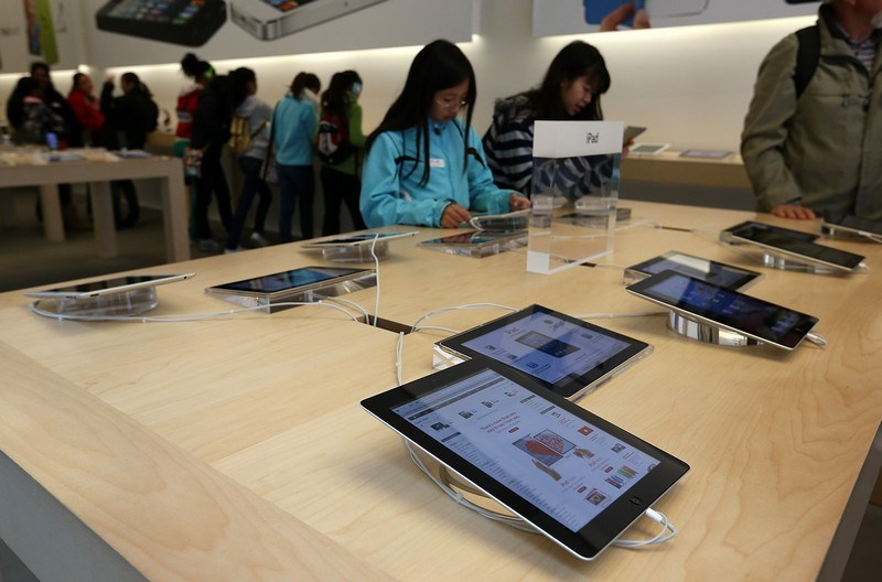 Yeni iPad satışa çıktı