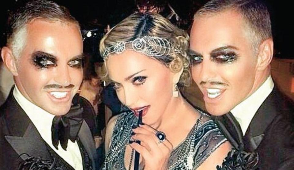 Madonna'nın 56'ncı yaş günü partisinden bir kare.