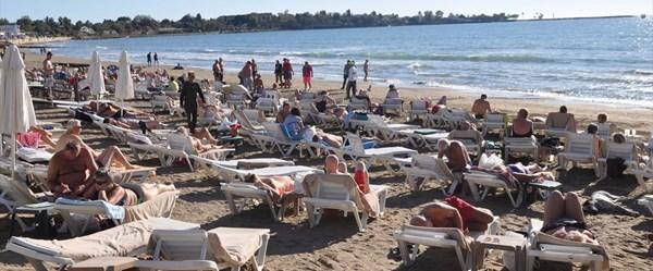 Antalya'da kasımda deniz keyfi