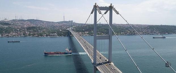 şehitler köprüsü trafiğe kapatıldı.jpg