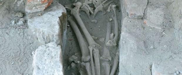 1500 yıldır birbirlerine sarılıyorlar