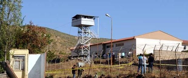 18 mahkum cezaevinden firar etti