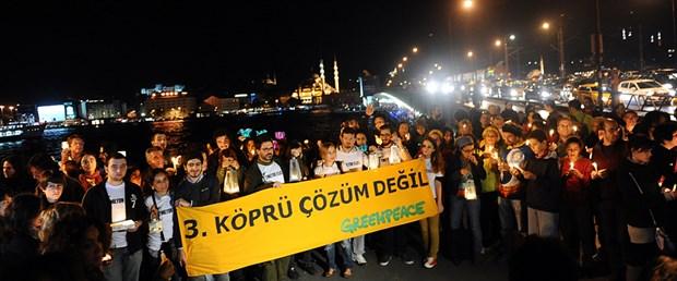 """2 milyon İstanbullu"" Galata'da"