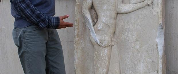 2500 yıllık taş levha