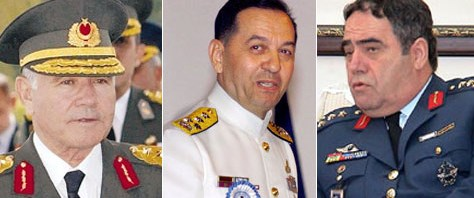 3 eski kuvvet komutanı serbest!