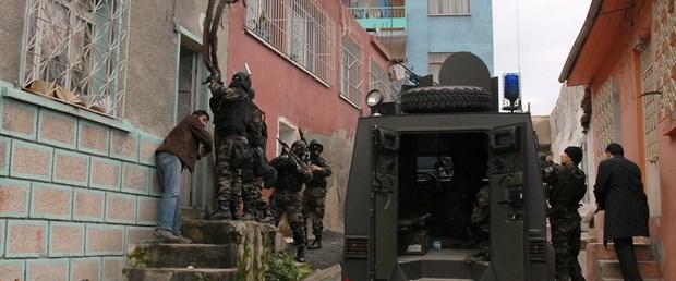 5 ilde öğretmenlere PKK operasyonu