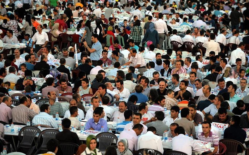 70 bin kişiye 'evet'li iftar