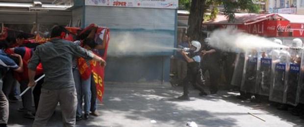 '8 yıl' protestosuna biber gazlı müdahale