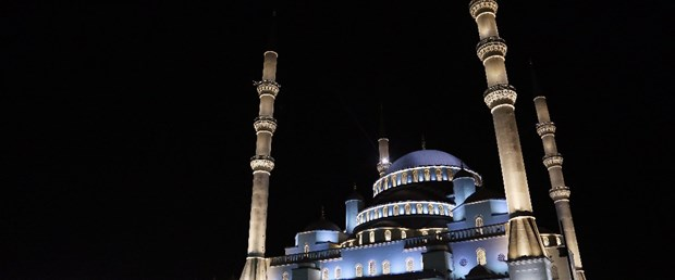 16-03-02-1-56-44_2015.04.23-RegaipKandiliveLokumDatm-KocatepeCamii.jpg