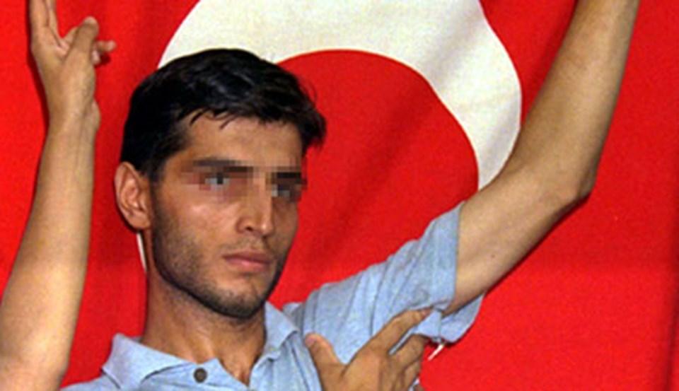 1997'de Harbiye Orduevi saldırısına katılan Ecevit Şanlı, bir süre cezaevinde yattıktan sonra sağlık gerekçesiyle tahliye edilmişti.
