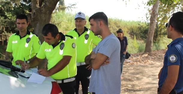 Adana'da cinayet zanlısı adına sahte ehliyet almış sürücü yakalandı
