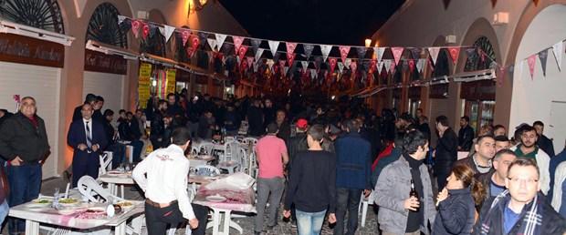 kebap-festivalinde-ates-eden-saniga-ilk-durusmada-tahliye-_1151_dhaphoto10.jpg