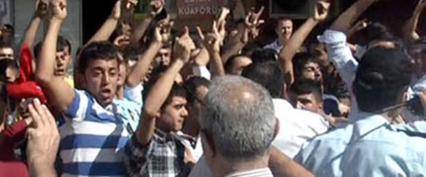 Adıyaman'da BDP binasına saldırı