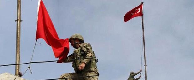 afrin-e-turk-bayragi-dikildi-askerin-18-mart_10668208_12.jpg