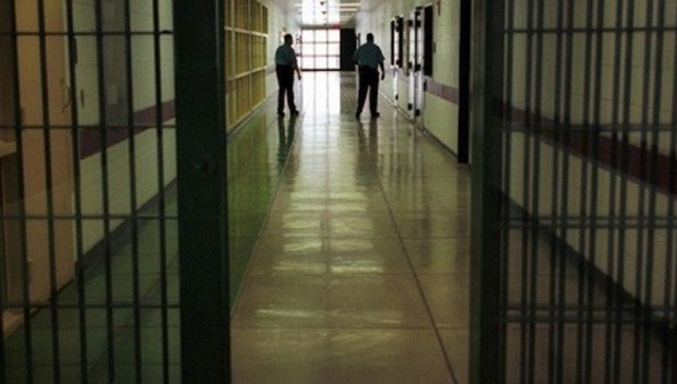 hapishane cezaevi.jpg