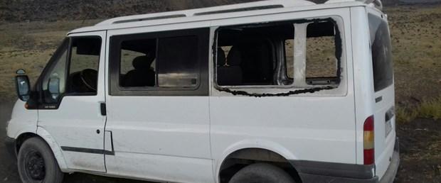 ağrı teröristler minibüse ateş açtı.jpg