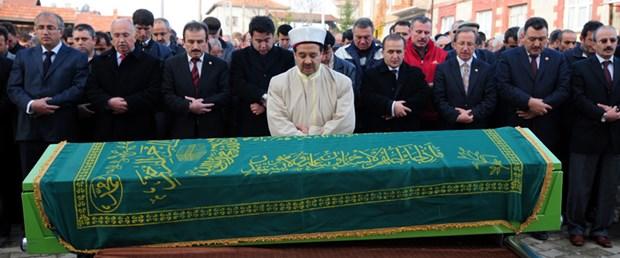 Ahmet Uluçay son yolculuğuna uğurlandı