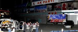 AK Parti binasına molotof attılar