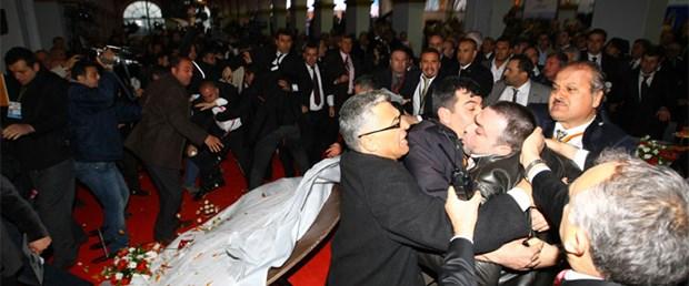 AK Parti ve CHP'liler kavga etti