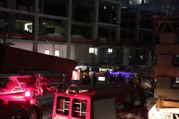 Ali Sami Yen'de inşaat kazası