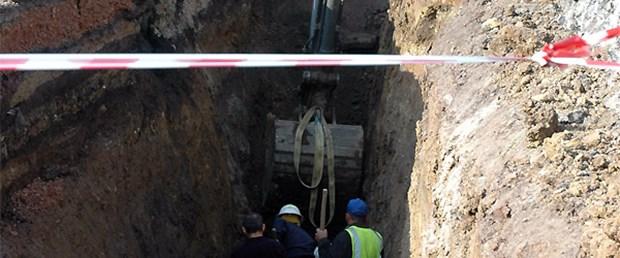 Alt geçit inşaatında toprak kaydı: 2 ölü