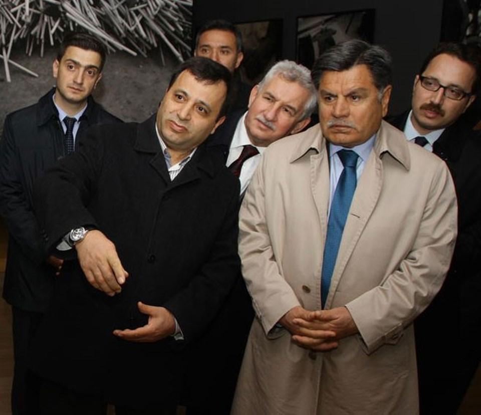 Yeni başkan Zühtü Arslan, selefi Haşim Kılıç ile birlikte görülüyor.