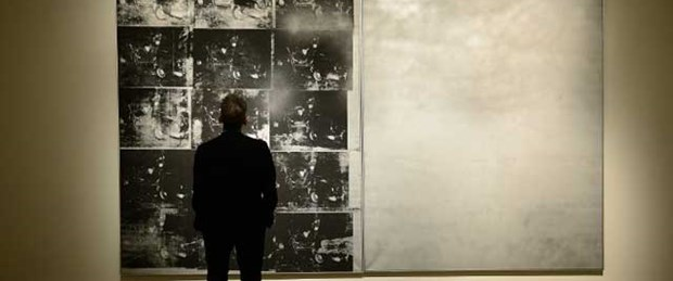 Andy Warhol rekorunu kırdı