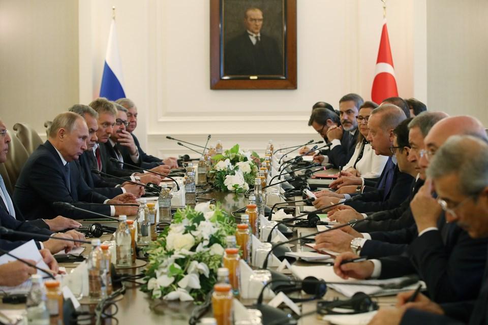 Türkiye-Rusya heyetlerarası görüşmeden bir kare