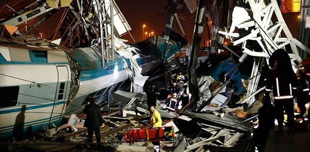 Ankara'da Yüksek Hızlı Tren kazası: 20 kişi yaralı