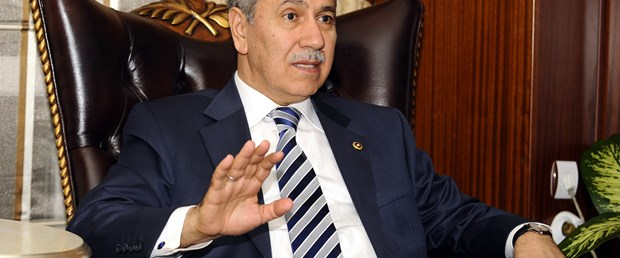 Arınç: CHP'ye geçerek ihanet etti