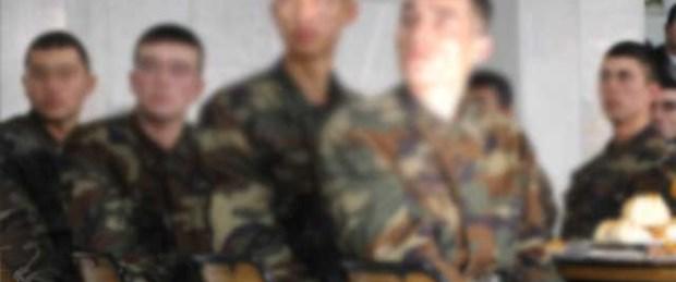 Askere terörle mücadelede moral destek