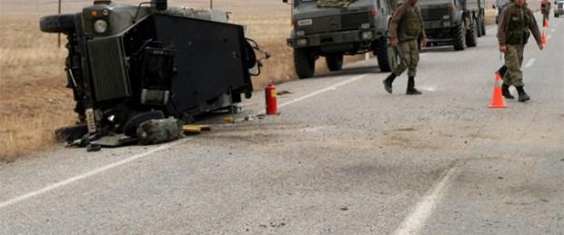 Askeri araç devrildi: 7 yaralı