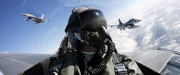 askeri pilot.jpg