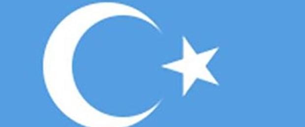 Atatürk bayrak rengini değiştirmeyi düşünmüş