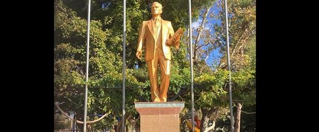 atatürk-heykel.jpg