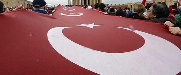 Atatürk için Anıtkabir'de tören