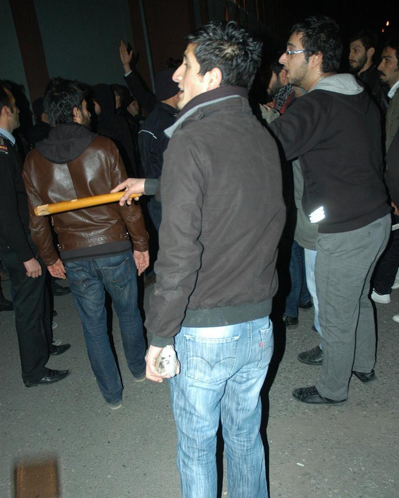 Atatürk Üniversitesi'nde kavga: 8 yaralı