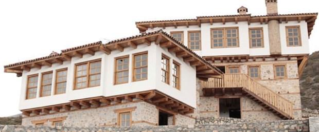 Atatürk'ün 'baba evi' yeniden inşa ediliyor