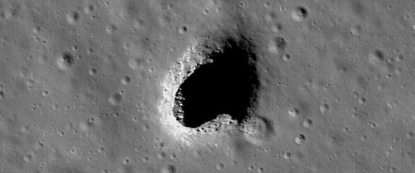 Ay delikleri doğal sığınak