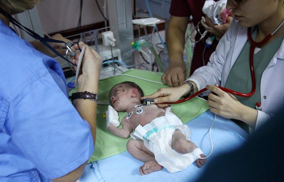 Azra bebeğin 2. doğum günü