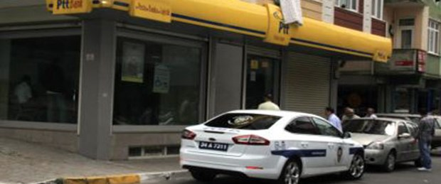 Bağcılar'da PTT şubesi soyuldu