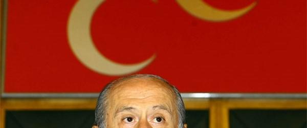 Bahçeli: Başbakan edep ve izandan mahrum