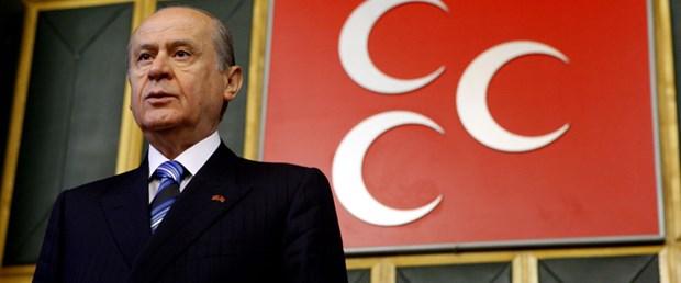 Bahçeli: Yeni anayasa için AKP ipe un seriyor